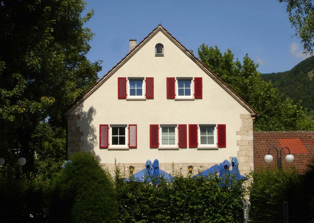 Klappladen und Fensterladen Schiebeladen in Reutlingen Tübingen Metzingen